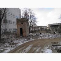 Промислова ділянка землі з капітальними будівлями в Києві