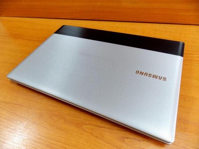 Фото 3. Игровой 2-х ядерный ноутбук Samsung R518 в отличном состоянии